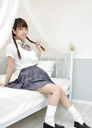 Uniform Asian Girls Pics